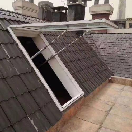 屋顶电动采光天窗