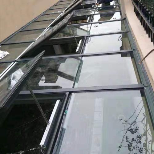 地下室电动通风天窗