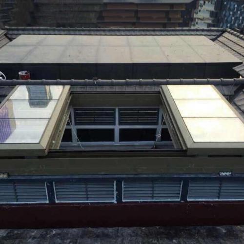 大型对开电动平移天窗